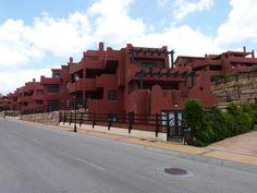 Piso en Casares, piso en Venta en Casares, con 2 habitaciones, 136 m2 por 116.000 euros. bahia casares golf