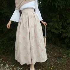 Kadın Modası http://turkrazzi.com/ppost/402298179202753706/