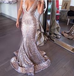 Maxi Bridal Offer Short Prom Dresses And Long Prom Dresses, 2020 Designer Prom Gowns, Cheap Prom Dresses, Prom Gowns On Sale, Formal Dresses Online Store Sequin Evening Dresses, Sequin Dress, Evening Gowns, Elegant Dresses, Pretty Dresses, Mermaid Gown Prom, Mermaid Mermaid, Moda Chic, Glamour