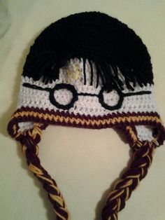 Harry Potter hat Crochet For Boys, Learn To Crochet, Cute Crochet, Crochet Baby, Knit Crochet, Crotchet, Harry Potter Hat, Harry Potter Crochet, Crochet Fabric