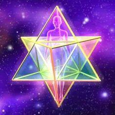 El objetivo de la Geometría Sagrada es establecer las bases para el desarrollo de la conciencia y la construcción del vehículo de ascensión Merkaba. También la liberación y sanación personal, la armonía interior, los patrones geométricos de la creación; toman vida, se activan y nos liberan de los paradigmas erróneos, los átomos, moléculas y células recobran su armonía, y entran en un proceso de purificación tanto físico, como mental y emocional.