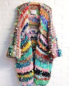 Knit Fashion, Sweater Fashion, Fashion Tips, Fashion Details, Fashion Fashion, Loom Knitting, Knitting Patterns, Sewing Patterns, Crochet Cardigan