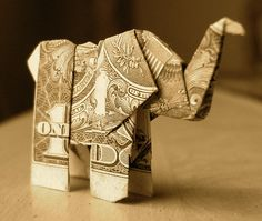 money folding elephant