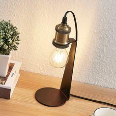 Lampa stołowa w stylu vintage Aurella   Lampy.pl Led Röhren, Looks Vintage, Messing, Led Lamp, Table Lamp, Lighting, Home Decor, Brass, Bed Reading Light
