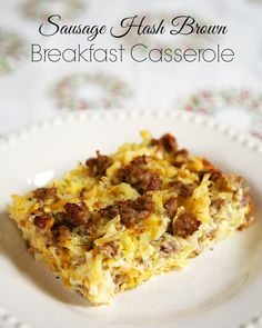 Breakfast on Christmas Morning: Sausage Hash Brown Breakfast Casserole - hash browns, sausage, eggs & cheese - can be made ahead of time and refrigerated until ready! Great for overnight guest and Christmas morning! Sausage Hashbrown Breakfast Casserole, Best Breakfast Casserole, Breakfast Dishes, Breakfast Recipes, Breakfast Ideas, Breakfast Hash, Egg Casserole, Hash Brown Sausage Casserole, Casserole Recipes