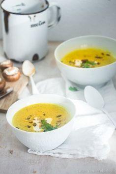 Kurkuma Suppe, das Rezept ist mit Sahne, sicher geht es auch mit Hafersahne