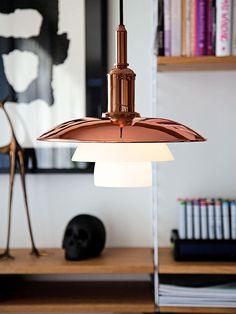 Luminária Pendente. Designer: Louis Poulsen.