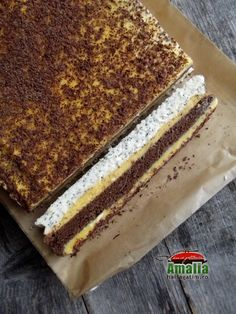 Prăjitură cu cocos, mac si crema de portocale Romanian Desserts, Romanian Food, Good Food, Yummy Food, Dessert Cake Recipes, Something Sweet, Yummy Cookies, Coco, Sweet Treats