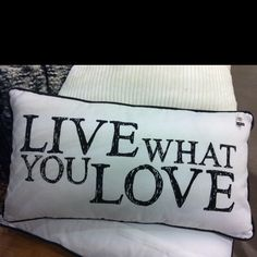 (MASTER BEDROOM)-Decorative pillow