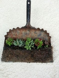 Making unusual DIY garden decoration yourself - 40+ upcycling garden ideas | My desired home