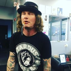 i guess he was STONED sour (god fuck this shitty pun) Cant Have You, Corey Taylor, Marlon Brando, Heavy Metal Bands, Slipknot, Captain Hat, Stone Sour, God, Musica