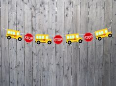 This cute School Bus Garland / School Bus Banner would be perfect for a school bus birthday party, s School Bus Crafts, School Bus Party, School Bus Driver, Back To School Party, Magic School Bus, School Parties, Bus Driver Appreciation, Teacher Appreciation, 2nd Birthday Party Themes