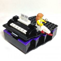 LEGO® Piano Jewelry Box with Performer