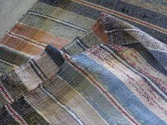 """alter Fleckerl Teppich Läufer Landhaus Stil Bauernhaus old RAG RUG """" 69cm Breite Shabby, Textiles, Alter, Plaid Scarf, Blanket, Rugs, Crochet, Rag Rugs, Farm Cottage"""