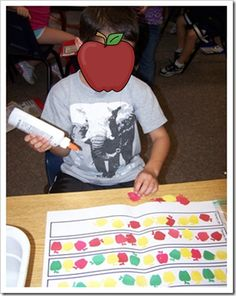 Apple Patterning Activity:  Free worksheet at Made for 1st Grade Blog  - pinned by @PediaStaff – Please Visit  ht.ly/63sNt for all our ped therapy, school & special ed pins