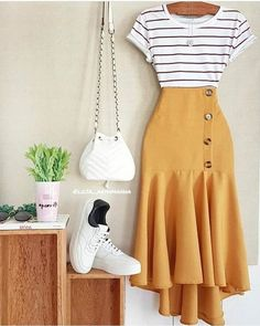 how to put outfits together Girls Fashion Clothes, Modest Fashion, Girl Fashion, Fashion Dresses, Womens Fashion, Cute Casual Outfits, Chic Outfits, Spring Outfits, Mode Outfits