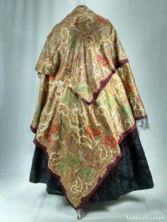 ANTIGUO MANTÓN DE OCHO PUNTAS EN SEDA (Antigüedades - Moda - Complementos - Mujer - Mantones Antiguos)