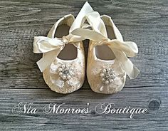 Couture Cream and Ivory Lace Crib Shoes - Infant - Girls Shoes - Baby Booties  - Baptism - Wedding - 4 Sizes Lace - Ivory - Easter Shoes