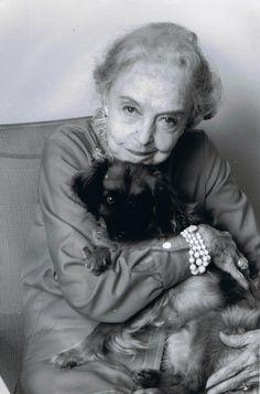 Lillian Gish in Paris, 1983- still so beautiful!