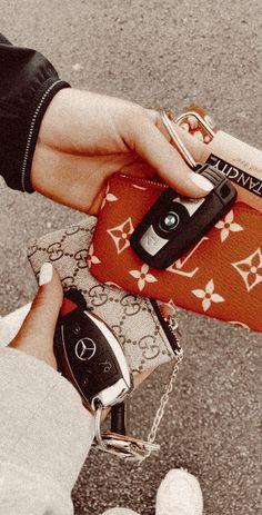✨ Something About Lara 🌴 Pin: My Dream Car, Dream Life, Dream Cars, Future Car, Future Goals, Cute Car Accessories, Girly Car, Car Essentials, Car Goals
