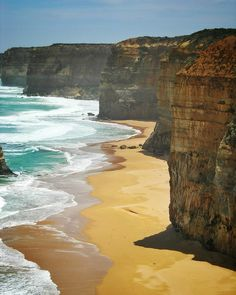 the cliffs #australia#greatoceanroad#nature#beautiful#bestoftheday#travel#travels#traveler#traveling#traveller#travelling#travelphotography#travelgram#travelingram#insta#instaday#instadaily#instanature#instapic#instaphoto#instalike#photo#photos#photogrid#photographer#photooftheday#pic#pics#picoftheday#instapics by soubik974