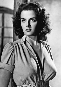 Jane Russell, Ca. 1942 by Everett - Jane Russell, Ca. 1942 Photograph - Jane Russell, Ca. 1942 Fine Art Prints and Posters for Sale Hollywood Icons, Golden Age Of Hollywood, Vintage Hollywood, Hollywood Glamour, Hollywood Stars, Hollywood Actresses, Classic Hollywood, Jane Russell, Russell Howard