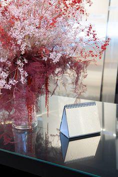 StalaTex stainless steel samples for kitchen studios - all 8 samples - Collection Harri Koskinen #stalatex #harrikoskinen #driedflowers #stainlesssteel #showroom #stala