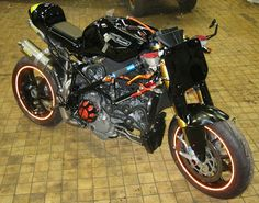 """Radical Ducati S.L.: From Holland , Fred """"radicalize"""" his 1098"""