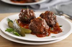 Week 9 - Washington Redskins - This week was a bit more challenging to find a recipe based on location. Therefore I had to go another route....Spicy Saucy Bison Meatballs.