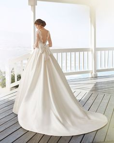 Classic beaded lace and sienna wedding dress and train. Bateau neckline with long sleeves and low back with extravagant lace. Rosa Clara Bridal, Rosa Clara Wedding Dresses, Second Wedding Dresses, Weeding Dress, Wedding Dress Pictures, Princess Wedding Dresses, Bridal Dresses, Gown Wedding, Second Weddings
