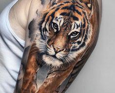 Birth Flowers & Over 50 Best Birthday Flower Tattoo Ideas - Tattoo Stylist Daisy Tattoo Designs, Crow Tattoo Design, Tattoo Designs And Meanings, Phoenix Feather Tattoos, Tattoo Dragon And Phoenix, Irish Tattoos, Celtic Tattoos, Fire Tattoo, 100 Tattoo