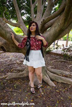 #Buenastardes, amigos! ¿Cómo lucir los hombros al aire? Estás de suerte, porque se puede hacer de mil y una maneras diferentes. ¡Aquí os dejo mi propuesta! Más en:    http://www.justforrealgirls.com/2016/05/hombros-al-aire.html   #hombrosalaire #shoulderout #newlook #tdsmoda #justforrealgirls #fashionblogger #bloggerlife #bloggerssevilla #ootd #outfitoftoday6/05/hombros-al-