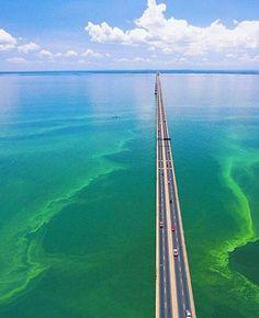 Puente sobre el lago foto de @maracuchiando
