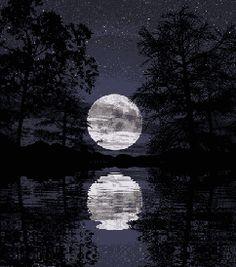 bon pour nuit lune reverie - Page 8 Moon Pictures, Moon Pics, Moon Photos, Moon Photography, Photography Editing, Photography Tutorials, Creative Photography, Digital Photography, Portrait Photography