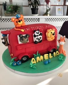 Cake for kids Toy Chest, Panda, Birthday Cake, Toys, School, Desserts, Activity Toys, Tailgate Desserts, Deserts