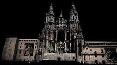 VIDEO MAPPING Short Version Video-Mapping Santiago de Compostela by improbablefilms. Short version of Video mapping in the Obradoiro facade of Santiago de Compostelas's Cathedral celebrating it's 800 anniversary.