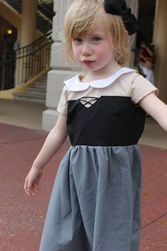 Briar Rose/Aurora inspired dress. Featuring beige blouse with white peter pan style collar, black corset with black ribbon and grey skirt. Basket and hair bow not included. Hair bow listed separately.  The last picture in each listing is a size guide. As all children are different, please order according to this. While for the most part, pattern size is the same as child age, its always best to check a waist/chest measurement and go off the sizing chart. If you want, you can add a w...