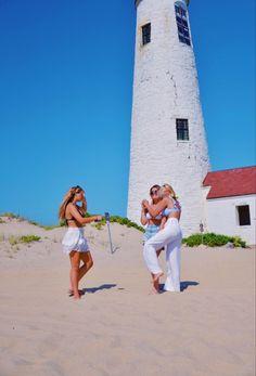 a day in the life Summer Feeling, Summer Vibes, Summer Sun, New England Prep, Cute Beach Pictures, Aloha Beaches, Summer Romance, Summer Bucket Lists, Teenage Dream