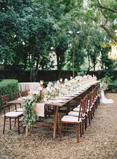 Intimate Destination Wedding in Tuscany Photographed by Vicki Grafton – Wild Fleurette, Floral Design Intimate Destination Wedding in Tuscany Photographed by Vicki Grafton Al fresco dining for a romantic destination wedding in Tuscany Long Table Wedding, Outdoor Wedding Reception, Wedding Dinner, Tree Wedding, Italy Wedding, Garden Wedding, Outdoor Weddings, Wedding Ideas, Long Table Reception