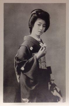 現代でも余裕で通用する今から100年前の美しすぎる女性たち - 【Y氏は暇人】