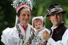 Rimóc costume. Hungarian Embroidery, Folk Dance, Costume Dress, Dress Outfits, Dresses, Girl Scouts, Traditional Outfits, Hungary, Culture