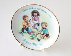 Avon Mothers day plate decorative plates vintage by AlbertsAttic