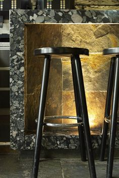 river rock tile surround on patio wall, with lighting - Kitchen Island