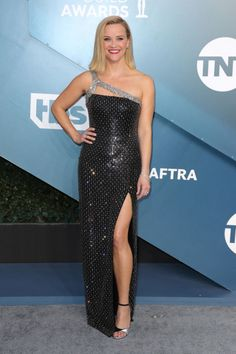Nejkrásnější róby na SAG Awards Jennifer Garner, Jennifer Aniston, Jennifer Lopez, Short Celebrities, Beautiful Celebrities, Renee Zellweger, Strapless Dress Formal, Formal Dresses, Alexis Bledel