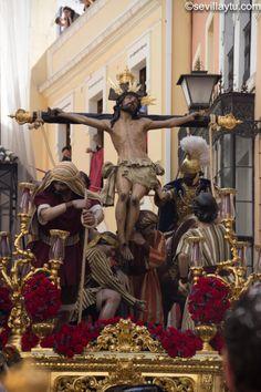 Paso del Santísimo Cristo de la Exaltación, Hermandad de la Exaltación, Jueves Santo