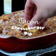 Bacon Cheeseburger Dip – all the flavor of your favorite bacon cheeseburger in an ooey, gooey, cheesy, dip. Great for game day, entertaining or just because! #gameday #appetizer #bacon #food #recipe #foodblogger #dips #cheeseburger #video