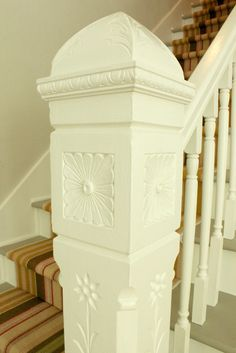 love the detail on the post {the cottage nest}