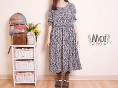 Moi 風格服飾田園風小花洋裝-黑色 深藍