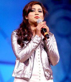 Shreya Ghoshal at Police Umang Show 2013 Shreya Ghoshal Hot, Girl Actors, Nightingale, Female Singers, The Voice, My Favorite Things, Police, Singing, Faces