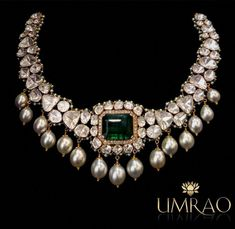 An Impressive Octagonal Emerald Necklace set with flat table-cut Diamonds in gold accentuated with pearls in Indo-Russian style ! Ruby Jewelry, Wedding Jewelry, Fine Jewelry, Gold Jewelry, Gold Bracelets, Diamond Jewelry, Jewellery Box, Diamond Choker, Jewellery Shops